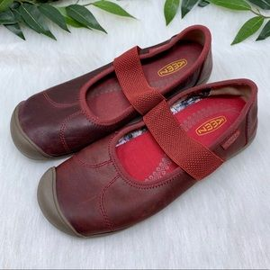 Keen Red Leather & Elastic Mary Jane Sport Shoe 7